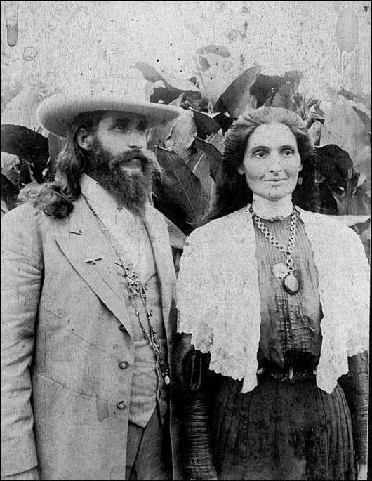Benjamin And Mary Purnell, Founders Of The Israelite House Of David, Photographed Here In 1910
